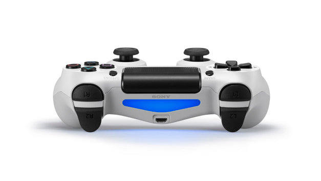 accessories-dualshock4-white-03-us-27aug14