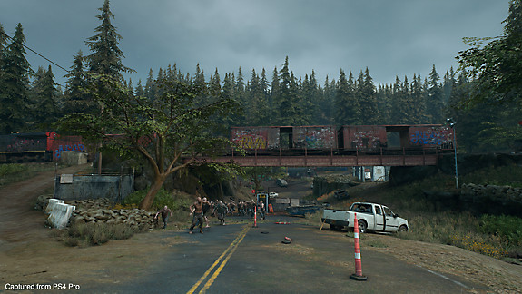 Days Gone screenshot - A road in the apocalypse