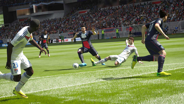 EA SPORTS™ FIFA 15 Screenshot 7
