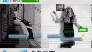 SingStar® Pop (Game Only) Video Screenshot 3