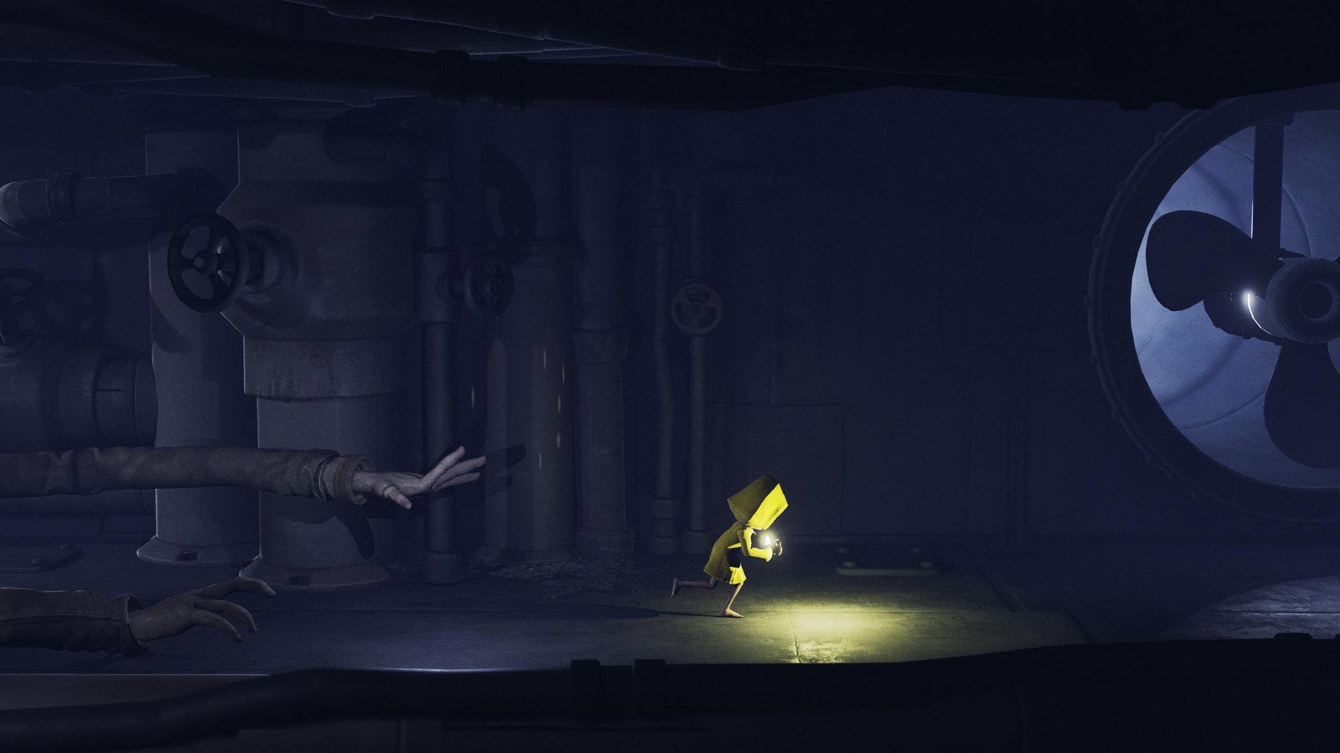 little-nightmares-escaping-dark-corridor