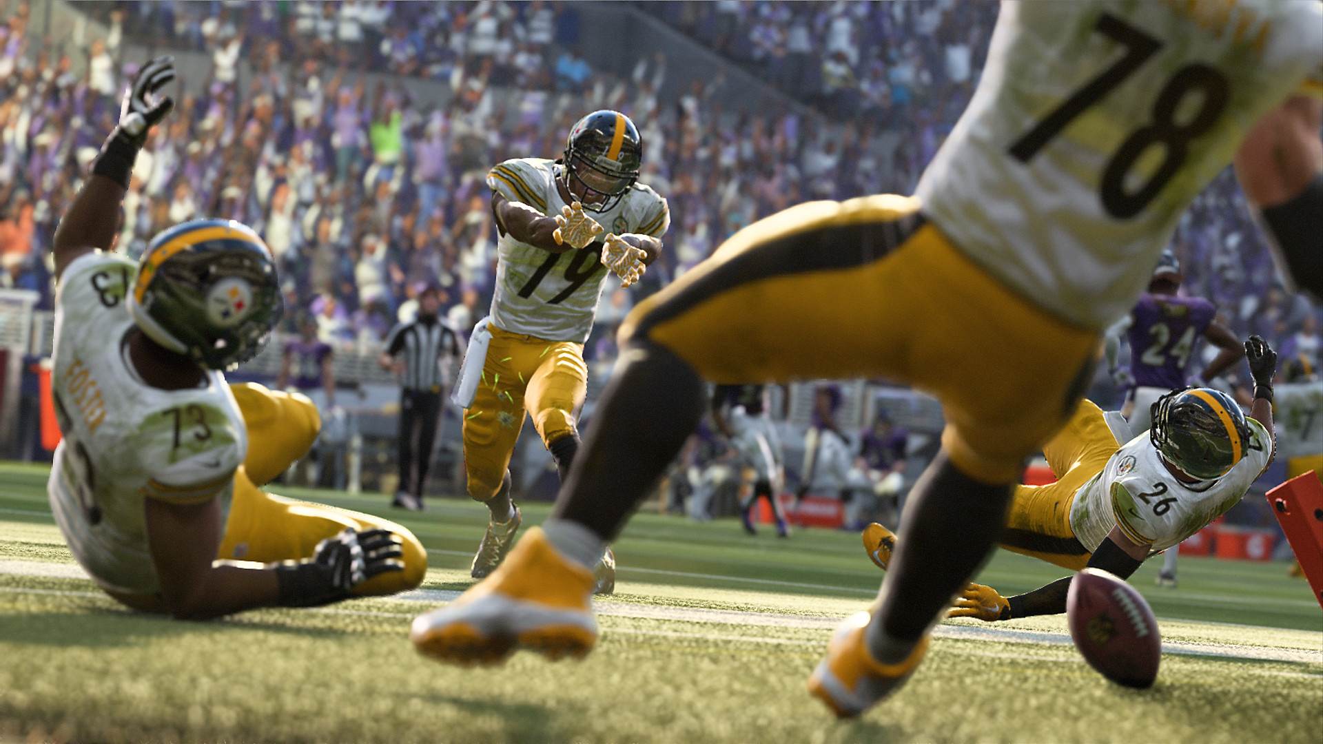 Madden NFL 19 Gameplay Screenshot - Ready to make the catch