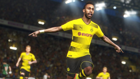 PRO EVOLUTION SOCCER 2018 LITE Trailer Screenshot