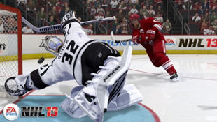 EA SPORTS™ NHL®13 Screenshot 8